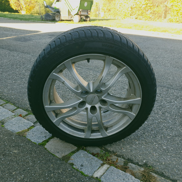 225/45R17 Pirelli Sottozero 3 hiver flat                               91                              H                   Autowiel